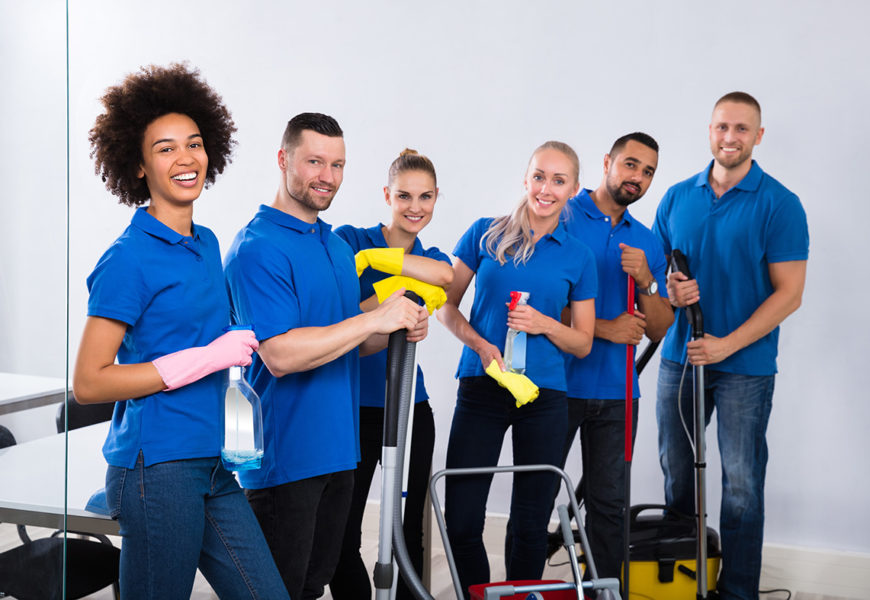 Indvandrere fylder mest i rengøringsbranchen